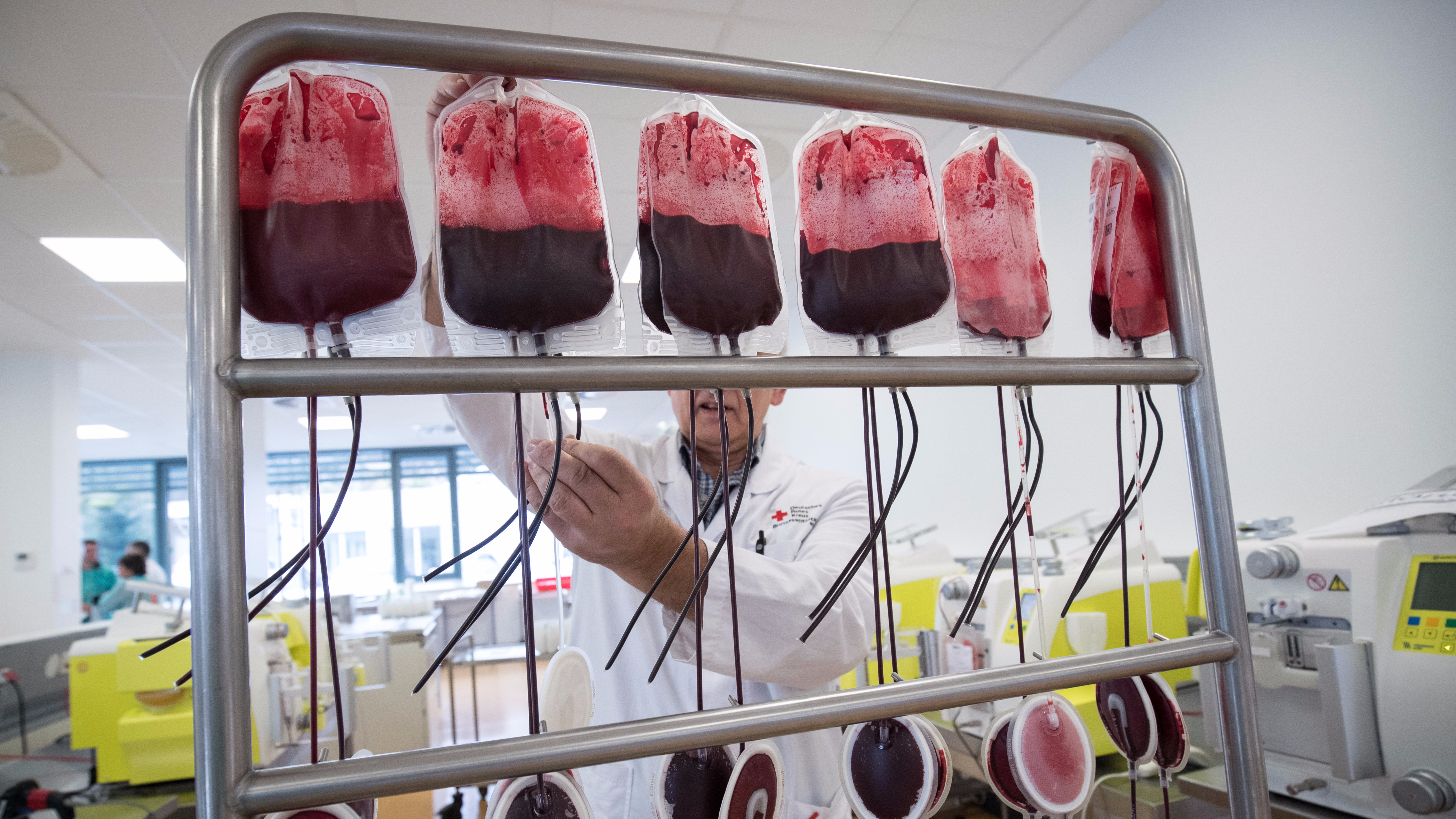 NHS Savagely Silences A Racist In One Simple Tweet About Blood Donation