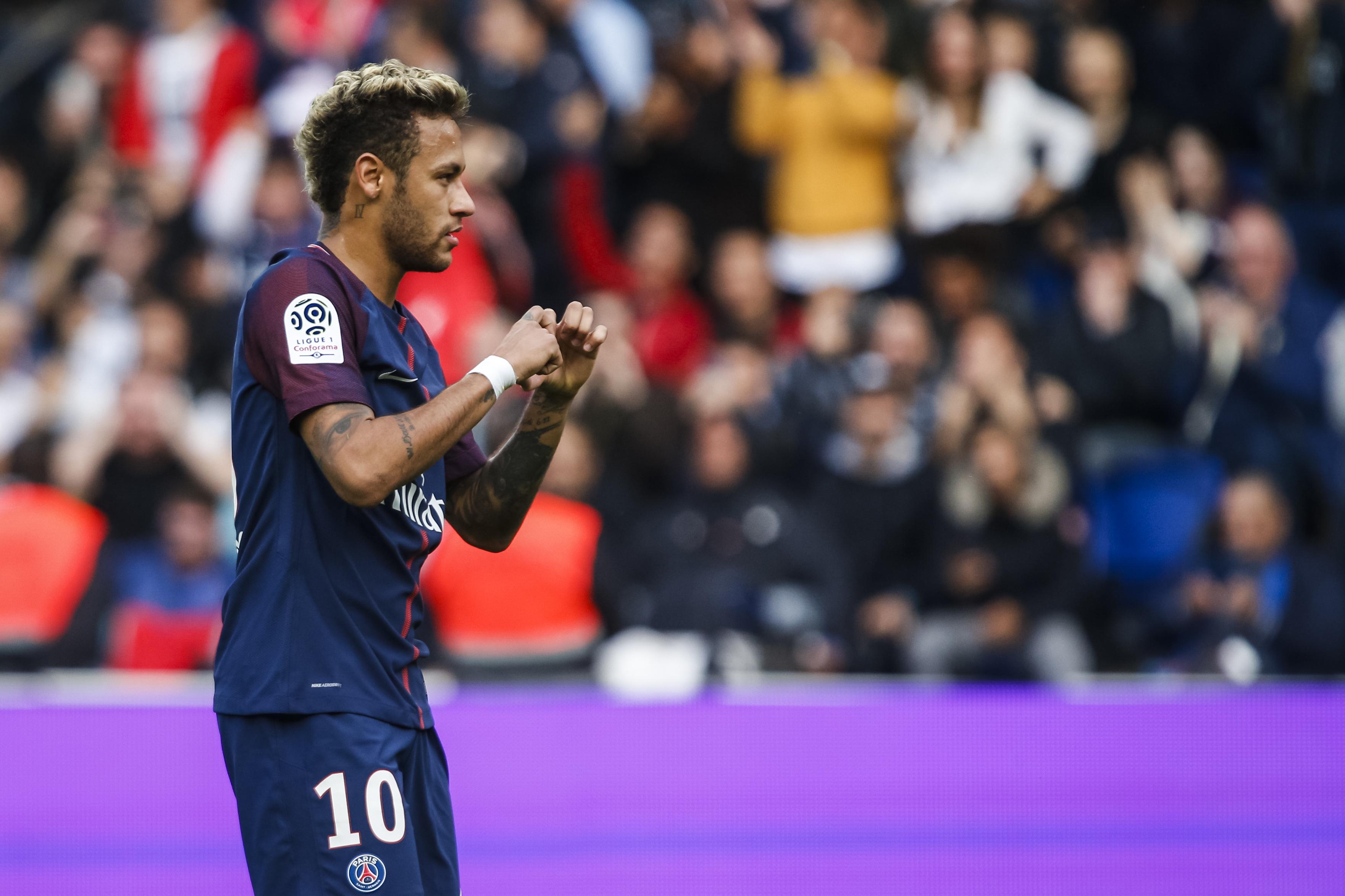 We do not need to be friends — Cavani on Neymar