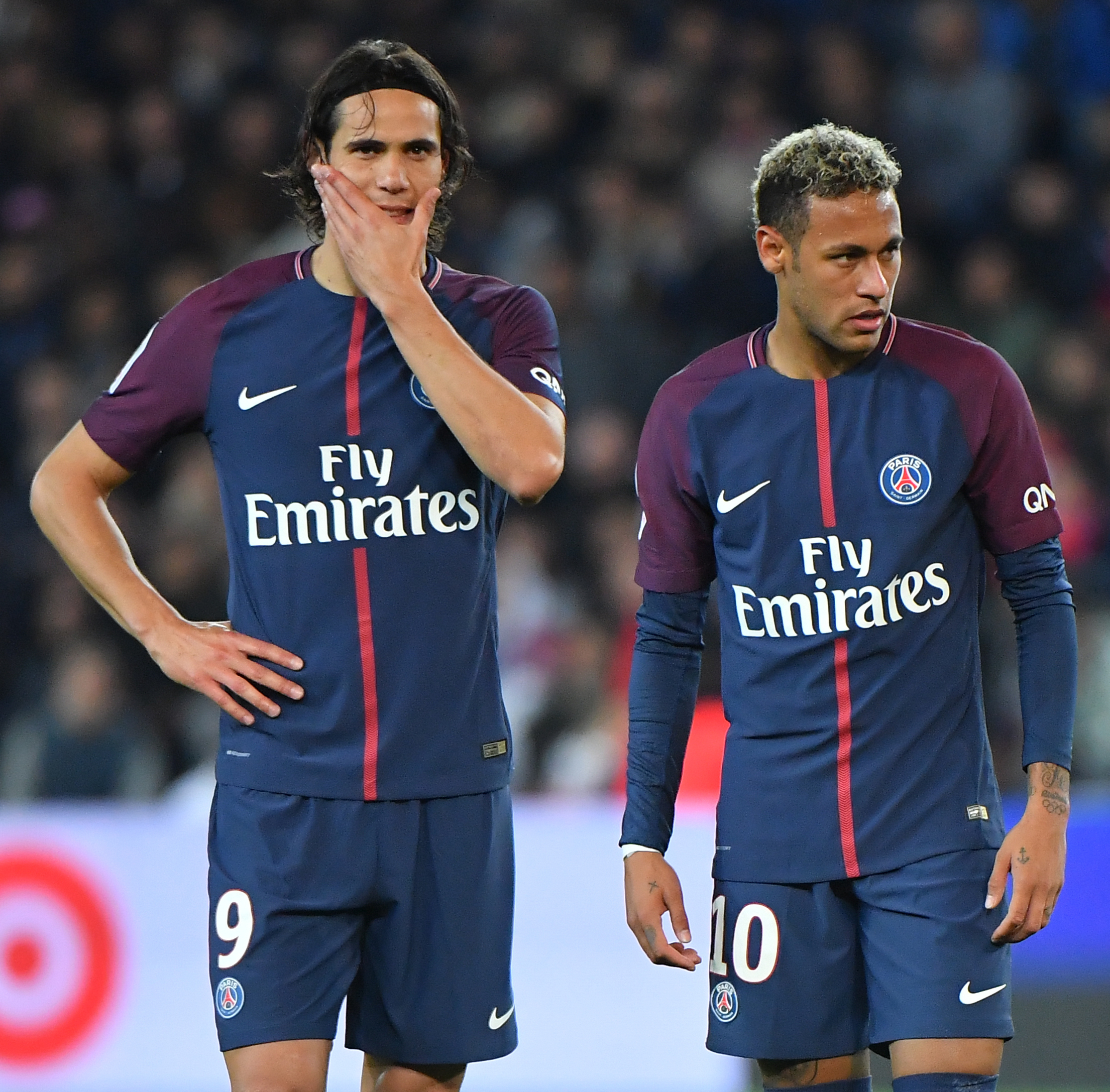 Own goals earn PSG 2-0 home win against Lyon