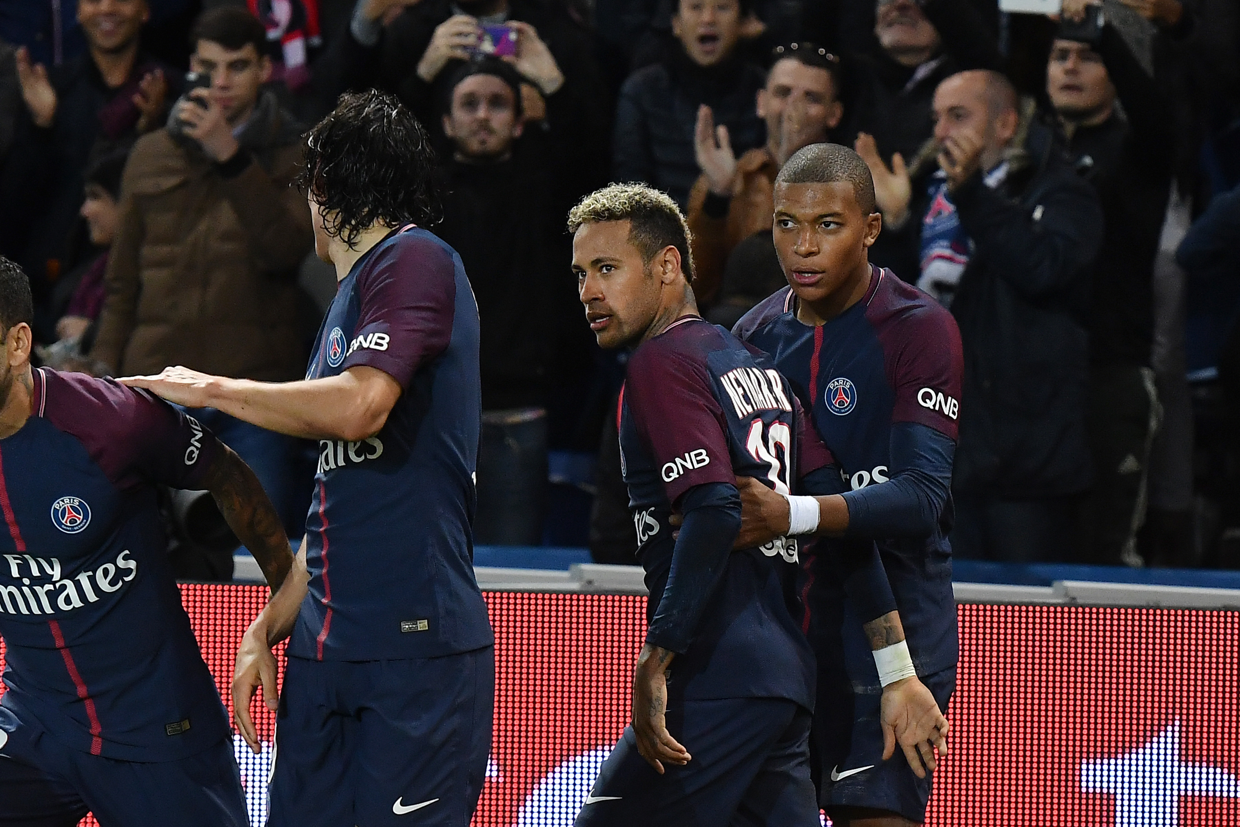 'Do you think you're Lionel Messi?' Edinson Cavani's 'dig' at Neymar