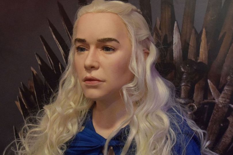 Emilia Clarke dons Jon Snow drag for 'Game of Thrones' finale contest