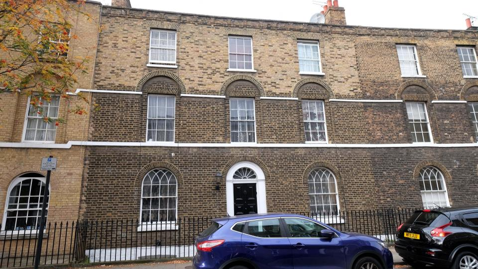 ​Family Pay Just £90 A Week To Live In £2.2 Million Council House In London