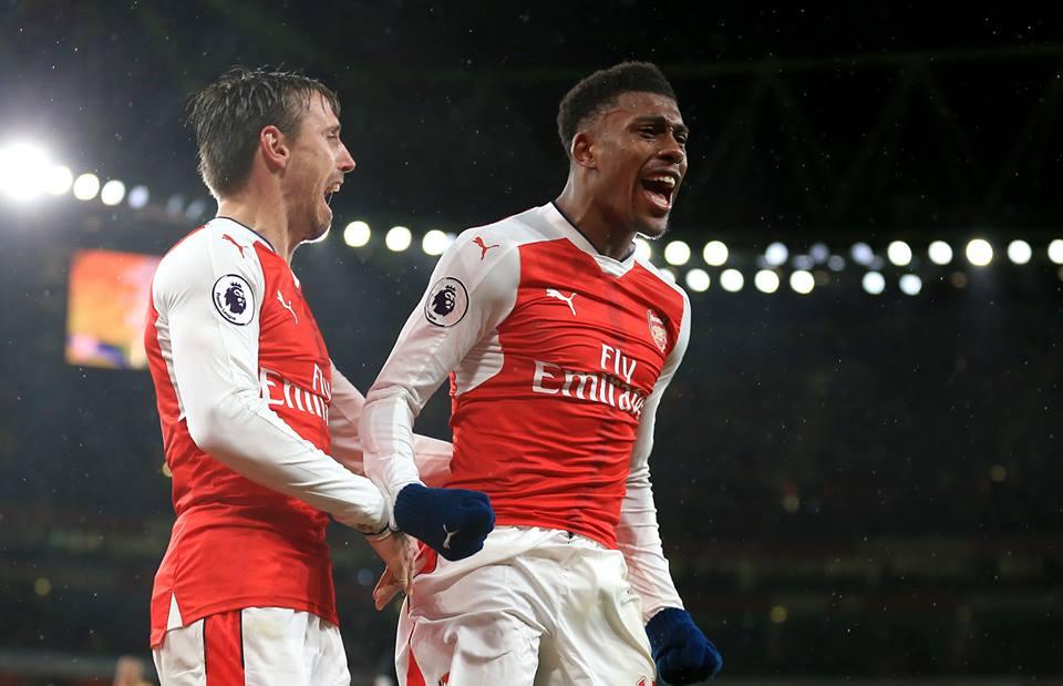 Alexis Sanchez set to dump Arsenal for Manchester City