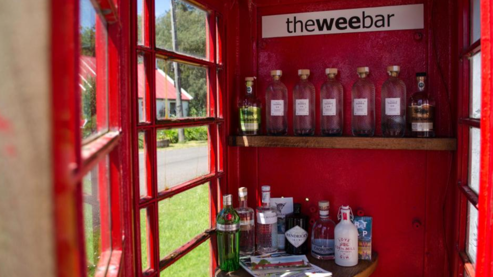 Drinks Are Free In What Could Be The Smallest Bar In The World