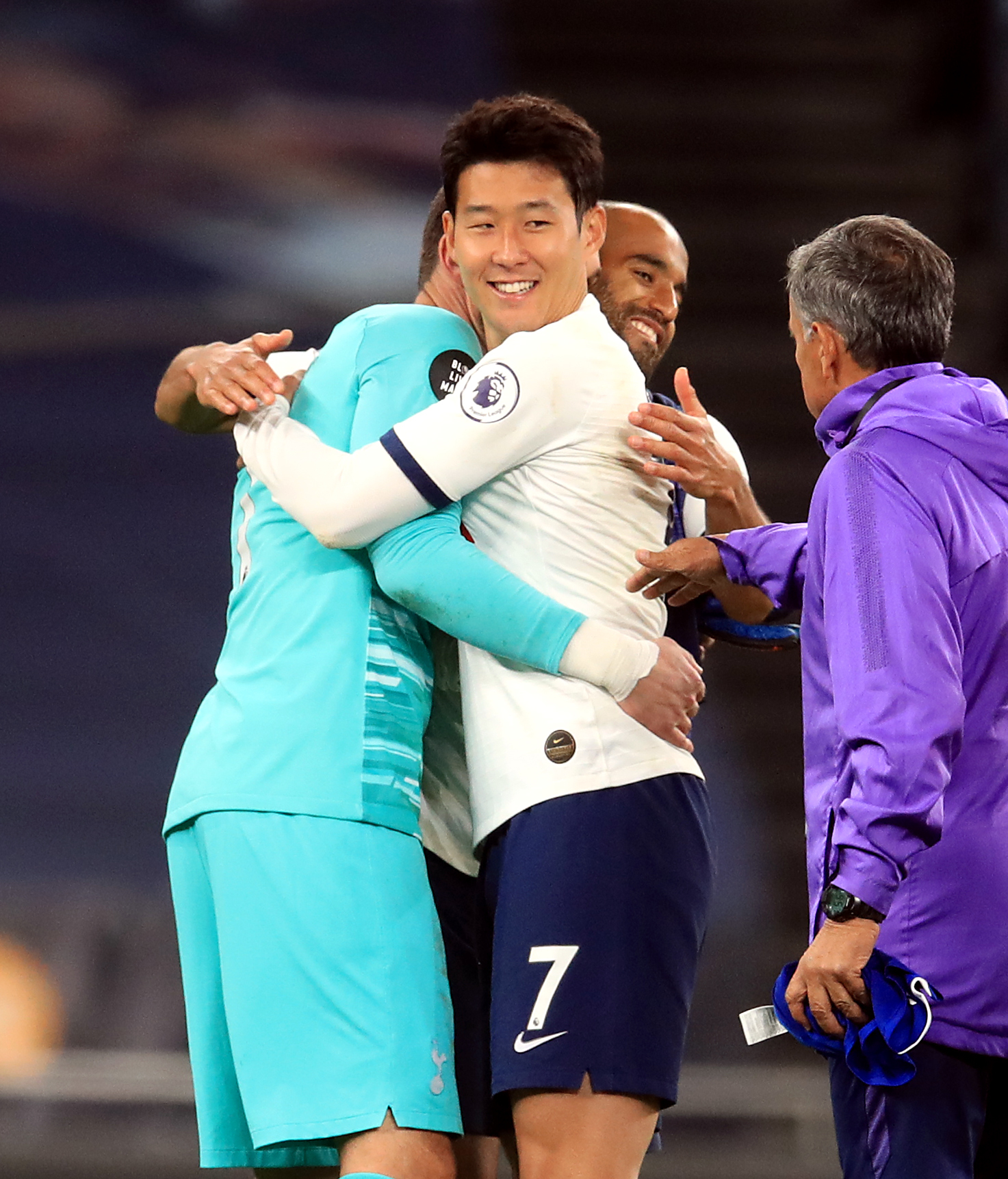 New Dressing Room Footage Shows Things Got Seriously Heated Between Son Heung Min And Hugo Lloris Sportbible