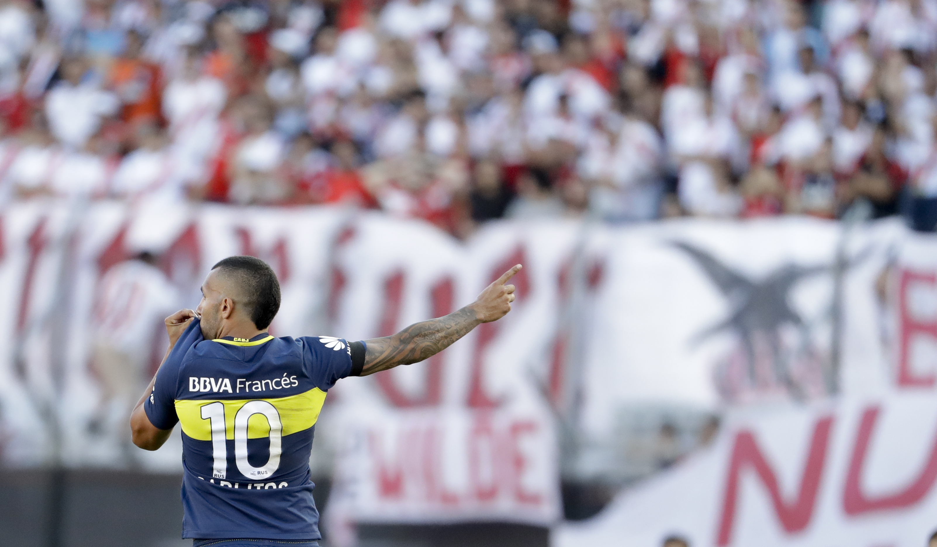 Carlos Tevez rejoins Boca Juniors for third stint