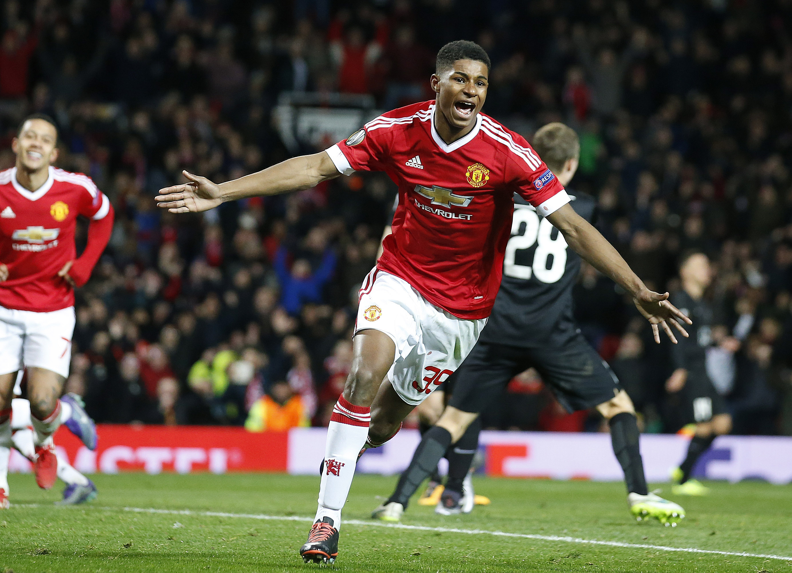Marcus Rashford Has Moved His Mum And Brothers Into 800k Luxury House Sportbible
