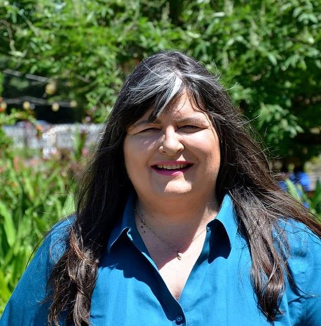 Kim Harris Denicola. Credit: SWNS/Kim Harris Denicola