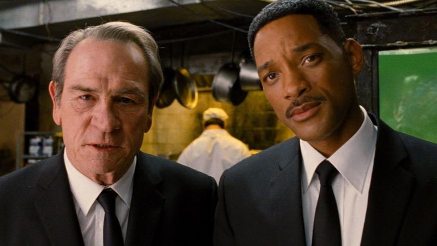 Chris Hemsworth Provides Details On The 'Men In Black' Reboot
