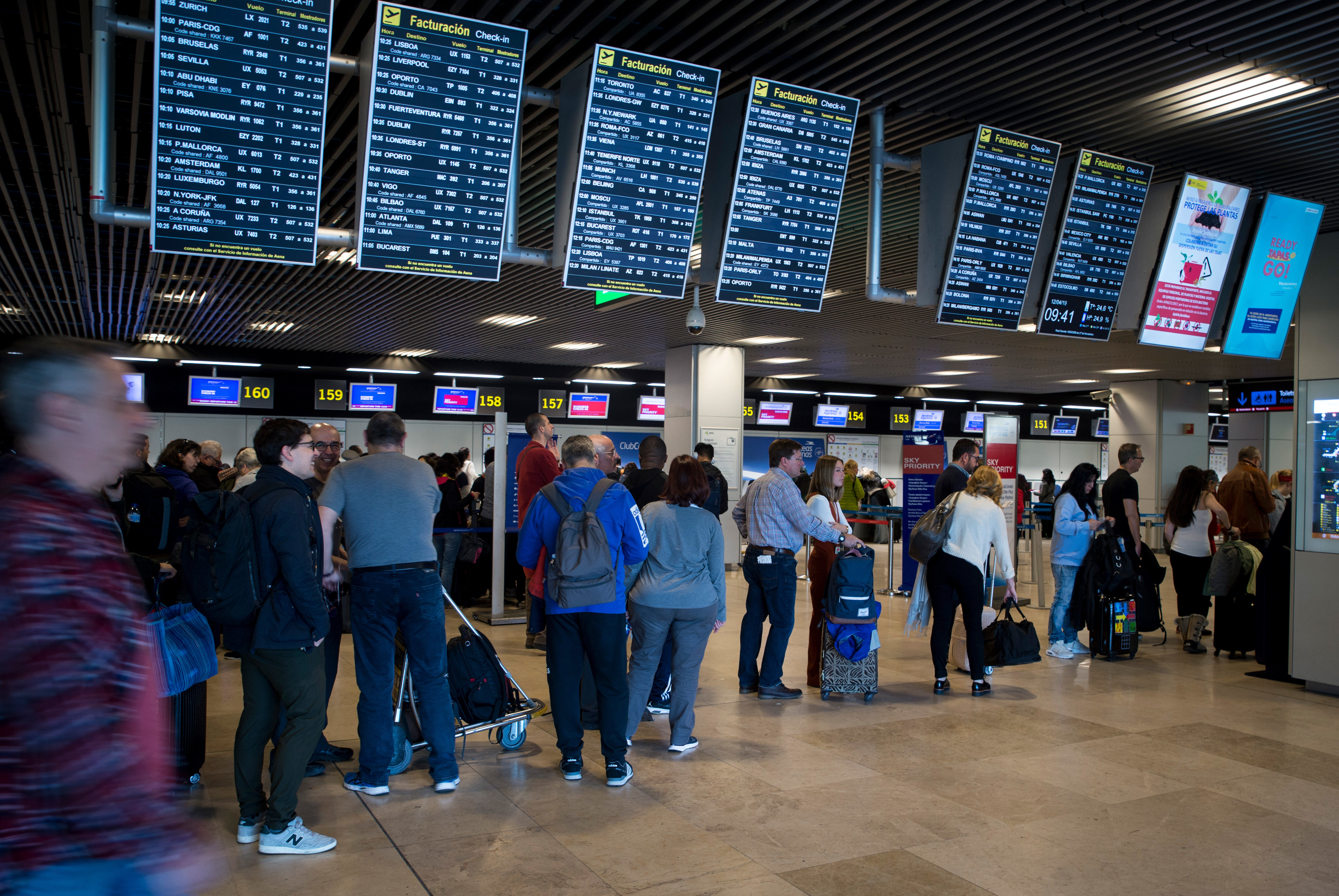 Queues are to be expected over the weekend at Spanish airports. Credit: PA