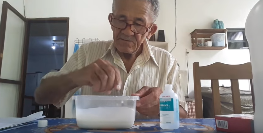 Nilson also likes to show subscribers how to make slime. Credit: YouTube