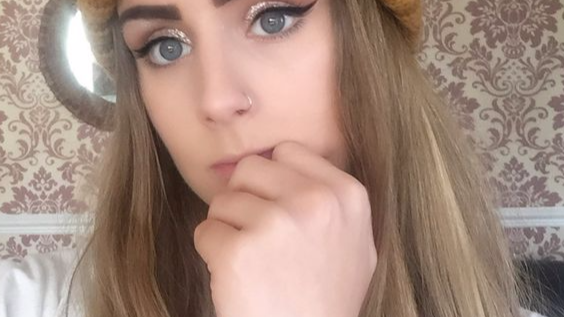 Ebay Makeup Leaves Teen With 'Tarmac Eyebrows'