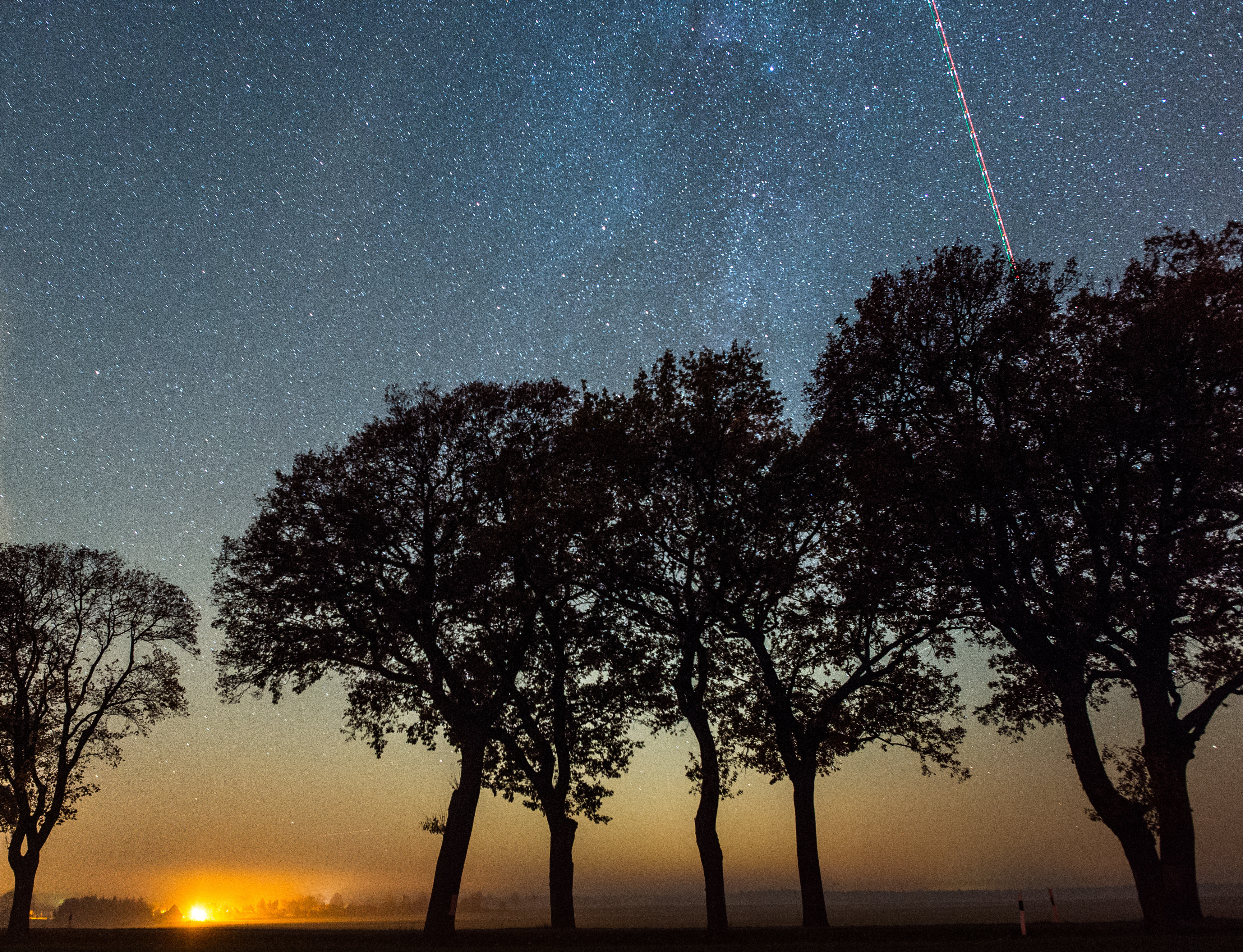 How to Watch the 2018 Leonid Meteor Shower This Weekend